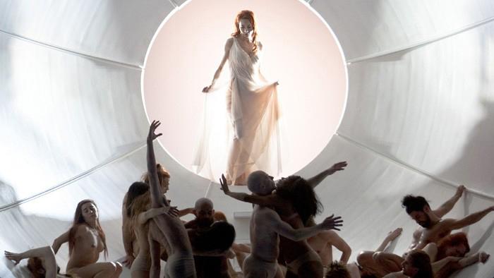1. Akt, in der Venusgrotte mit der Venus (Marina Prudenskaya), Foto: Staatsoper