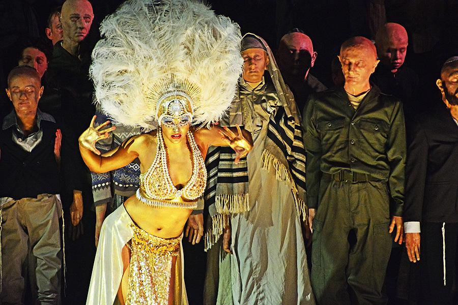 Das Goldene Kalb, Komische Oper Berlin, © Holger Jacobs