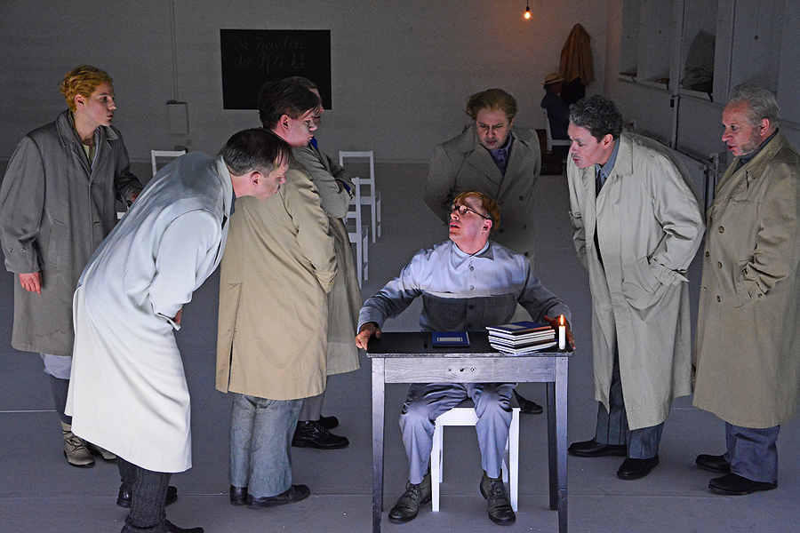 Siggi Jepsen (Peter Miklusz) in der Jugendbesserungsanstalt © Holger Jacobs