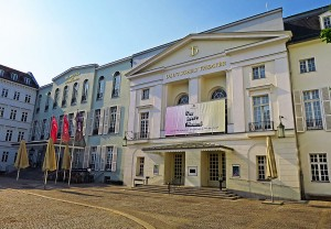 Deutsches Theater Berlin © Holger Jacobs