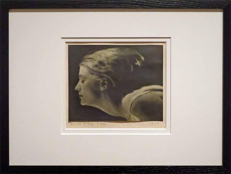 Man Ray, Portrait von Lee Miller, Paris 1929, Courtesy of The Roland Penrose Collection, Martin-Gropius-Bau 2016 © Holger Jacobs