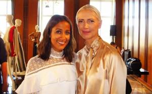 Vogue-Chefin Christiane Arp mit Begleitung im Berliner Mode Salon © Holger Jacobs