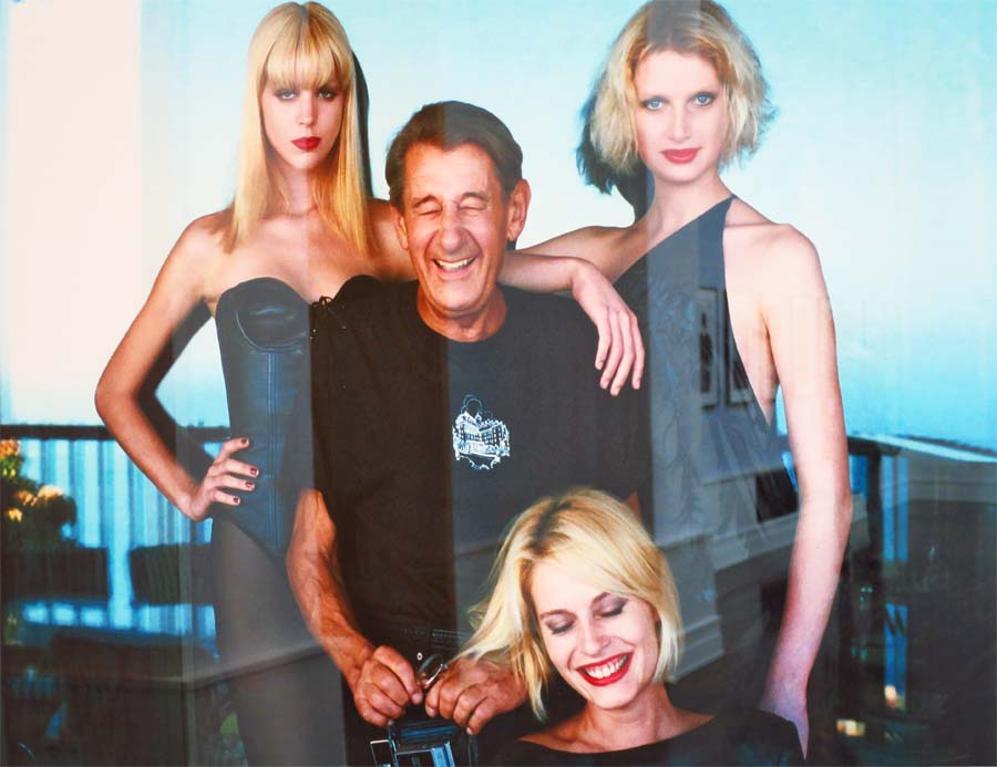 Helmut Newton with Models by Alice Springs, Monte Carlo, 1997, Helmut Newton Foundation © Holger Jacobs