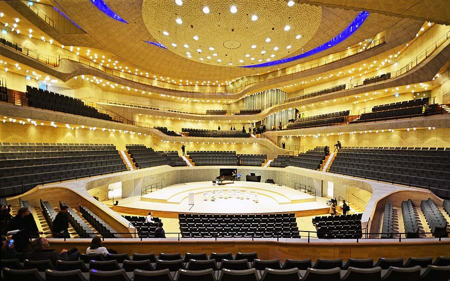 Der große Konzertsaal mit 2100 Sitzplätzen. Foto: Holger Jacobs