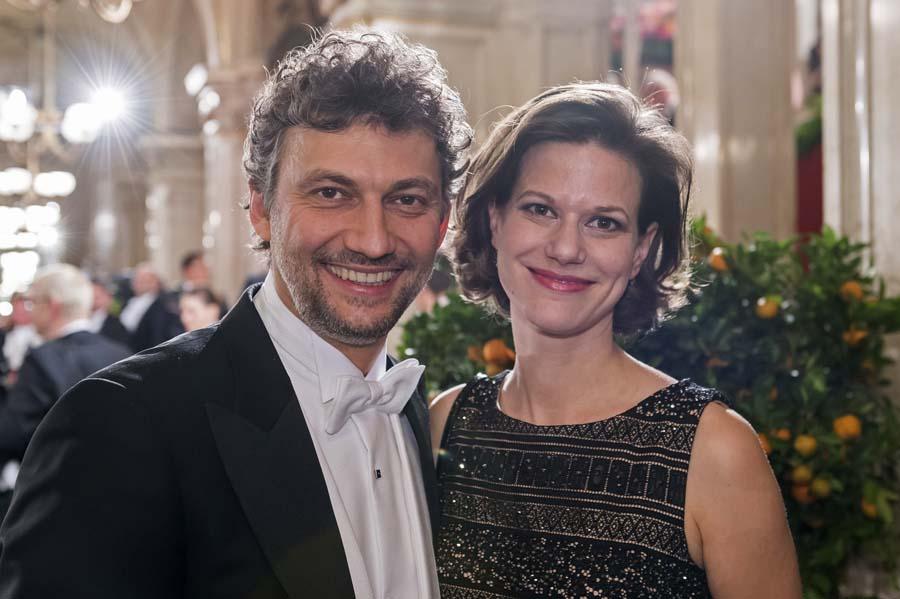 Christiane Kaufmann Jonas Lutz Related Keywords & Suggestions