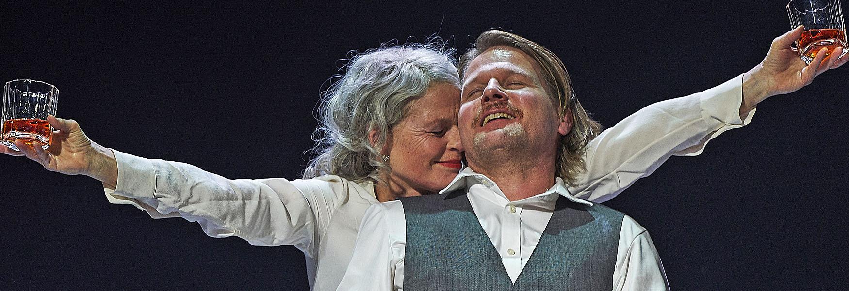 Die Verdammten nach Visconti im Berliner Ensemble