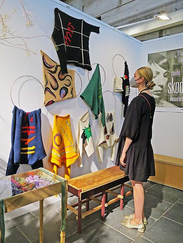 Fashion Positions Art Fair Berlin, Tempelhof, Claudia Skoda, Marilena StockPhoto: Holger Jacobs